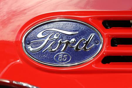 Foto Emblema Ford
