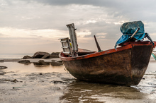 Bote Pescador en la Playa.